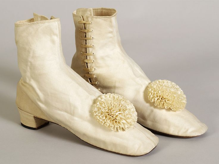 Ivory cotton boots with satin rosettes, American, 1850s-1860s, via KSUM.