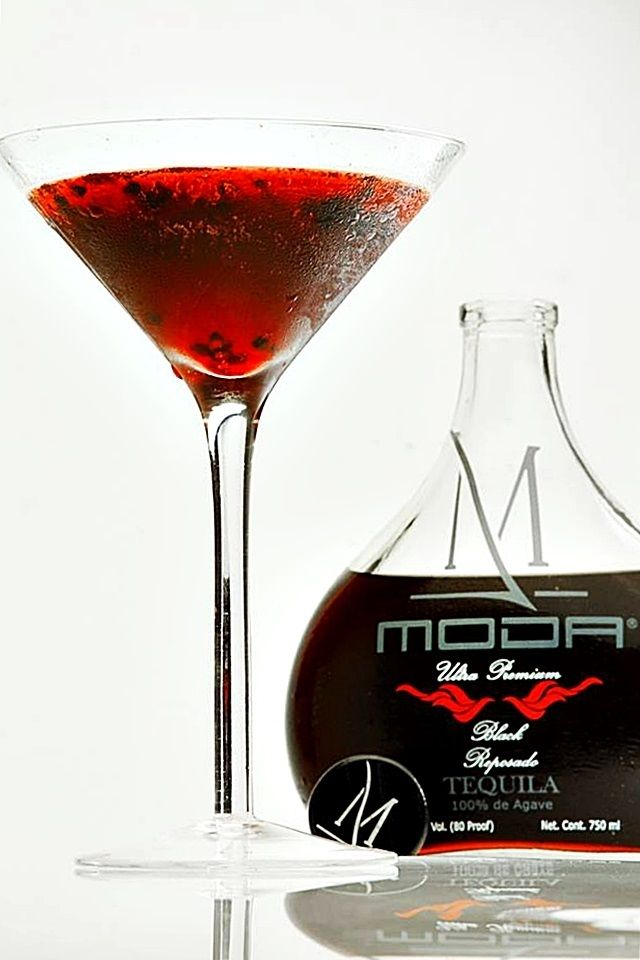 Moda Tequila Blackbery Pomegranite cocktail