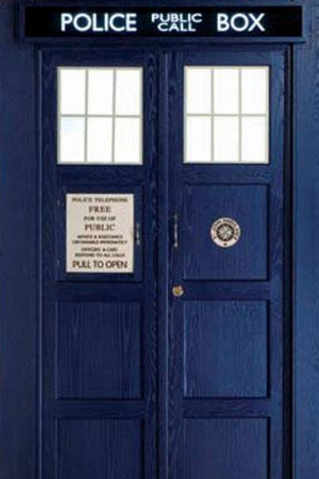 11s Tardis Iphone Wallpaper I Have This As My Lock Screen Dont