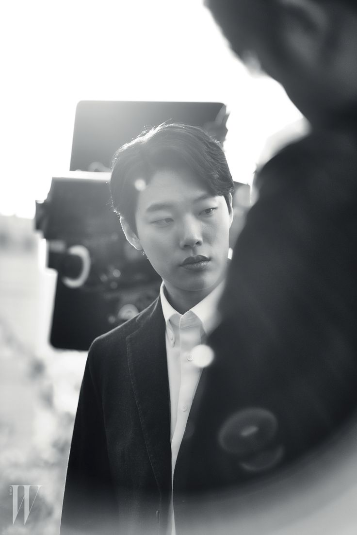 류준열의 백 투 더 1988 ryu jun yeol in reply 1988 for w korea #ryujunyeol#reply1988#wkorea