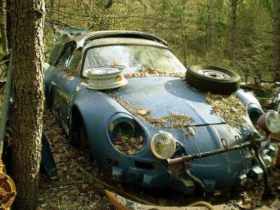 abandoned renault alpine a110 benidorm spain espa a renault alpine pinterest voitures. Black Bedroom Furniture Sets. Home Design Ideas