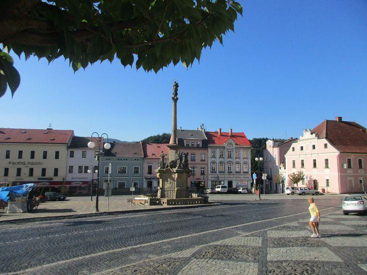 Náměstí a Mariánský sloup - Benešov nad Ploučnicí - Ústecký kraj