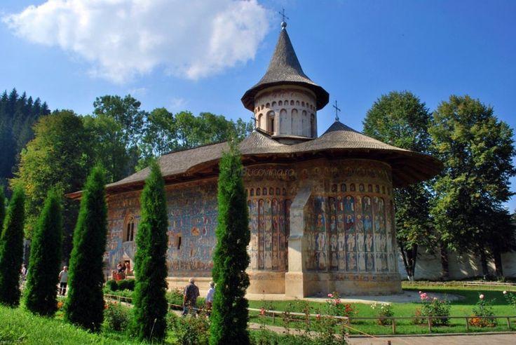 Manastirea-Voronet-2.jpg 1.400×936 pixels