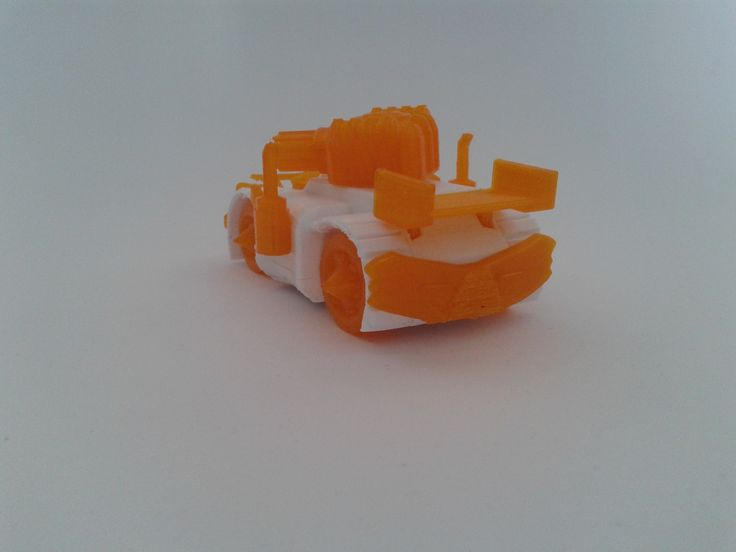 Printed #3DRacers on #Ultimaker2 with #Colorfabb filament. by #ArcaSomni