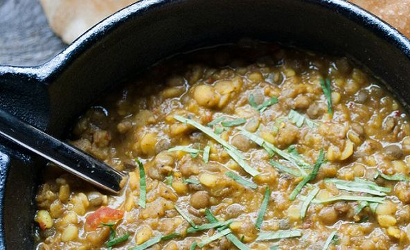 Crock Pot Dal - Indian http://gustotv.com/recipes/sides/crock-pot-dal/