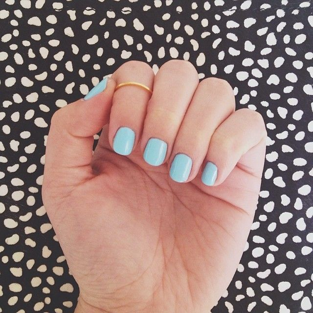 We are mad over this egg-blue hue <3