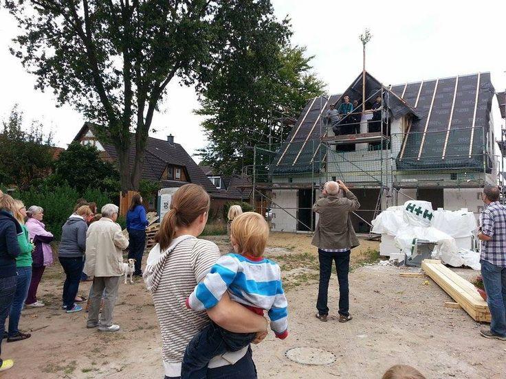 Hier ein Bild vom #Richtfest in #Bremen-Arsten. Familie S. freut sich sehr über Ihr neues #Flair 113.