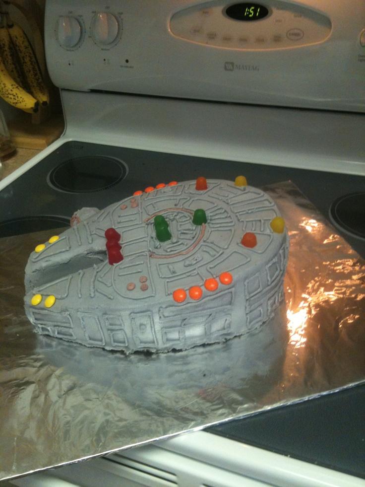 millenium falcon cake instructions