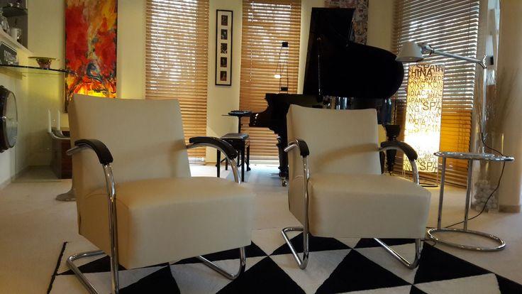 Auslieferungsbericht: 2 Mücke Melder Sessel nach Berlin - Originale Bauhaus Möbel (Sessel, Stuhl, Sofa, Lampe) von FERDINAND CHRISTALL