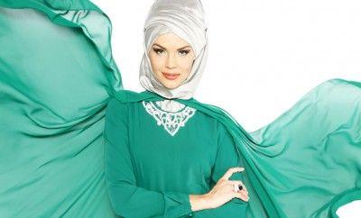Muhafazakar giyimin Türkiye'deki lider markası modanisa.com,  birçok ünlü markanın 2015 ilkbahar/yaz koleksiyonlarını satışa sunmaya başladı. Baharın enerjisini taşıyan yeni koleksiyonlarda pastel renkler ve incecik kumaşlar dikkat çekiyor.