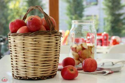 Ev Yapımı Doğal Elma Sirkesi – KitcheninRed  Sevgiyle Pişen Yemeklerin Mutfağı