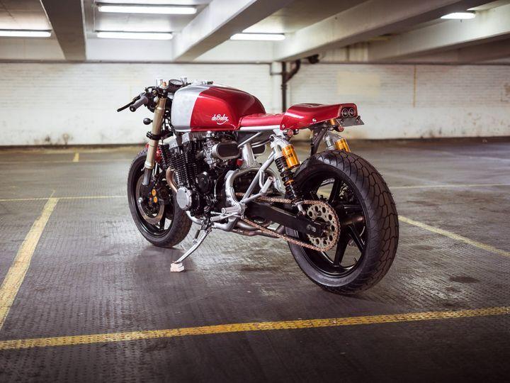 Honda CB750 Seven Fifty Cafe Racer Mk5 deBolex #motorcycles #caferacer #motos | caferacerpasion.com