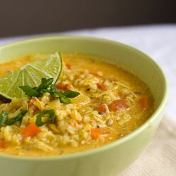 Spicy chicken mulligatawny soup