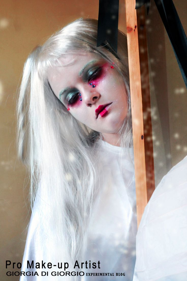 Theatrical makeUp - Ghost makeup by Giorgia Di Giorgio Pro Make Up Artist Giorgia http://makeupartistgiorgia.blogspot.it/  Concept, make up and photo/edit by Giorgia Di Giorgio Gallery (page)