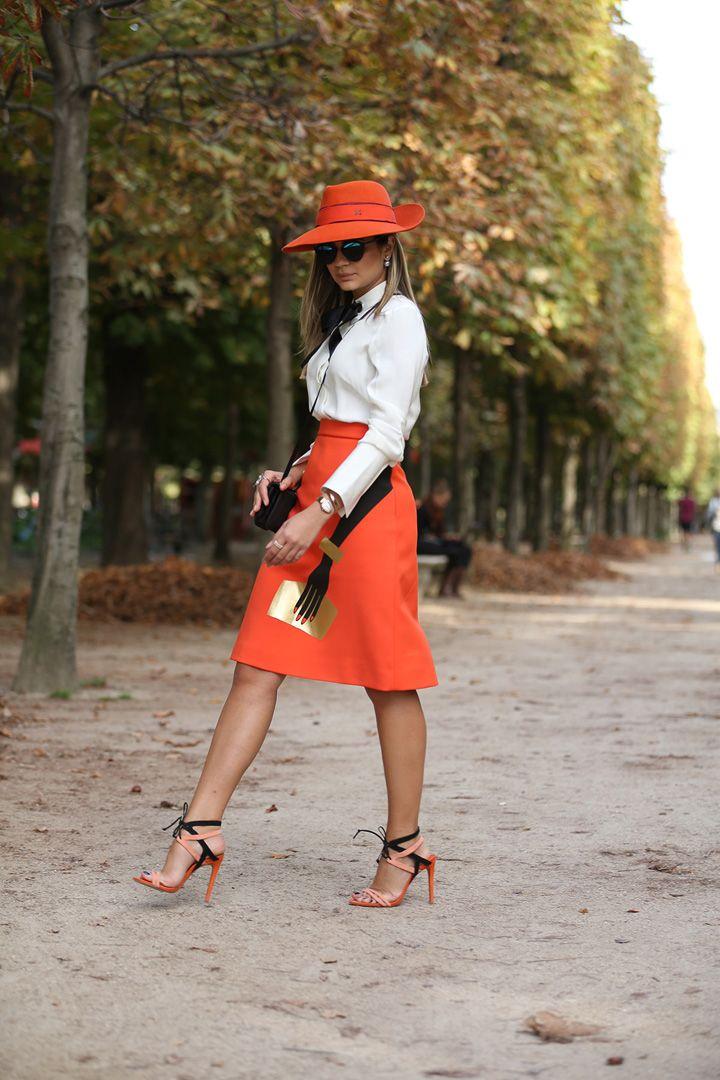 Paris Fashion Week - ss15 - Thassia - Orange details - streetstyle