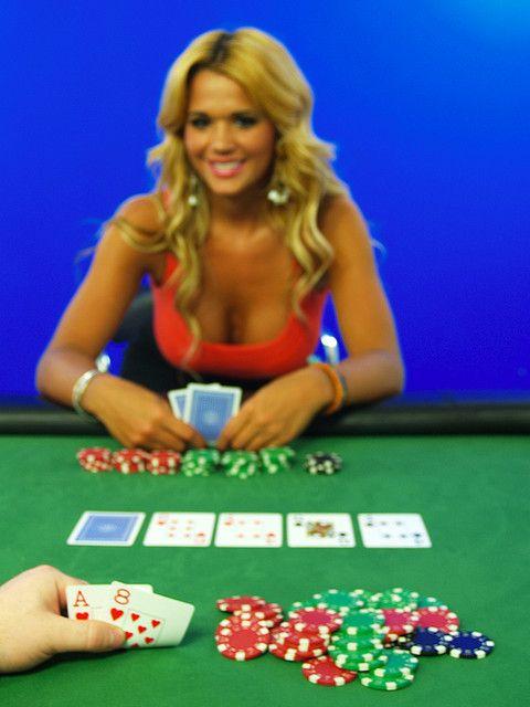 Lady gaga pokerinaama youtubessant