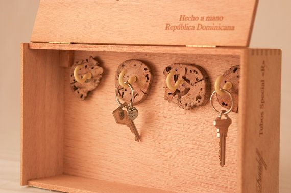321 best images about cigar box craft art on pinterest for Cigar boxes for crafts