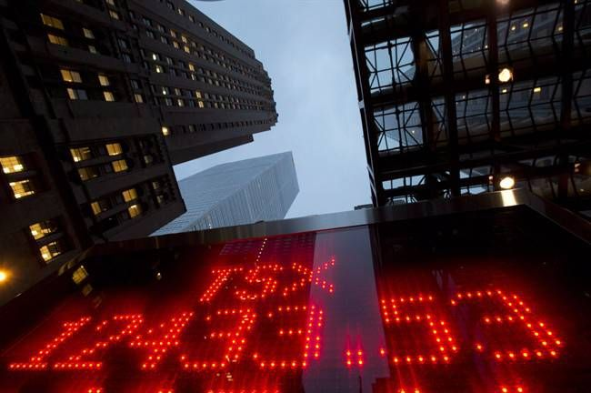 01/25/2016 - North American stock markets renew plummet as oil rally fizzles - Canadian stock prices are sliding again, extending what's been a tumultuous year for equities.