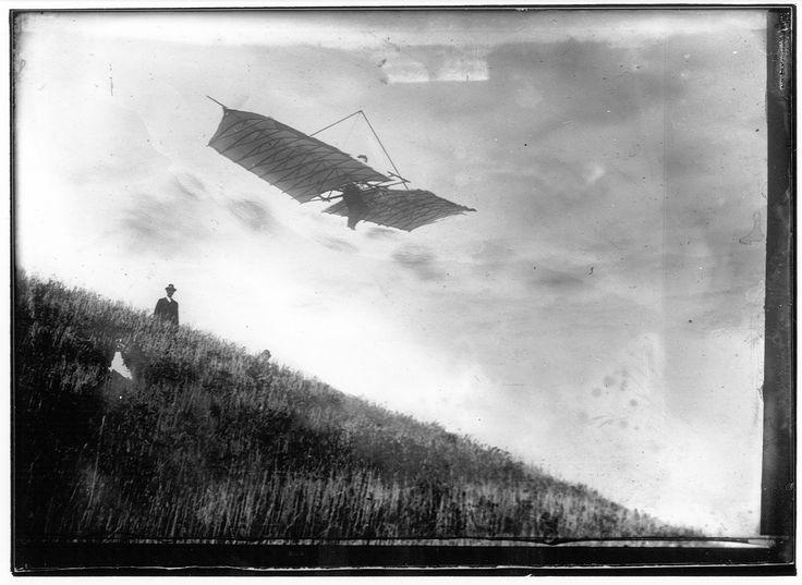 Flight Over the Glenville Hills. 1906-11-05:
