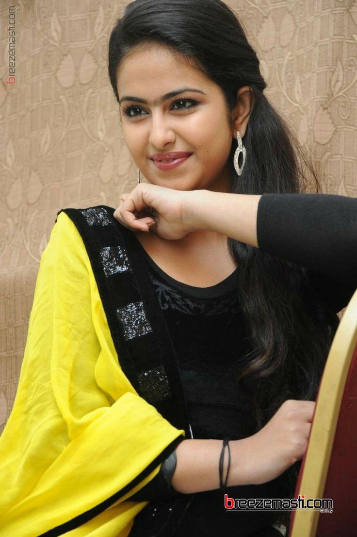 Avika-Gor-telugu-actress-photos-5