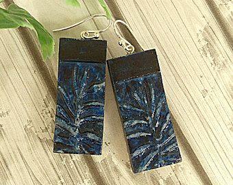 Pendientes de rectángulo azules marino, naturaleza inspiración botánicos pendientes, orgánico, hecho de aire seco de arcilla no arcilla polimérica, pendientes de la hoja
