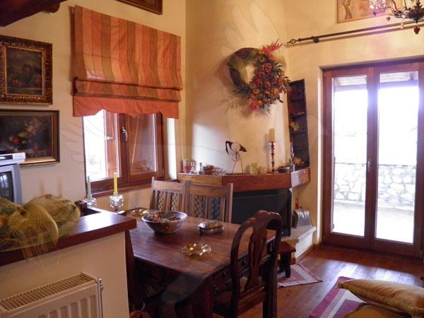 SpreadTheLink.com  Maisonette Elena for rent Arachova  Έλενα Αράχωβα