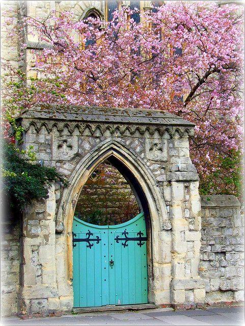 Churchyard Gate, Primrose Hill, London