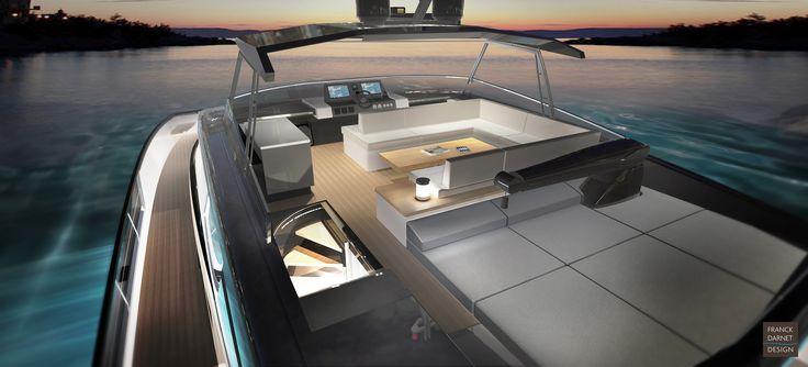 Fly-bridge optimisé pour le farniente mais aussi pratique pour stocker l'annexe en navigation.