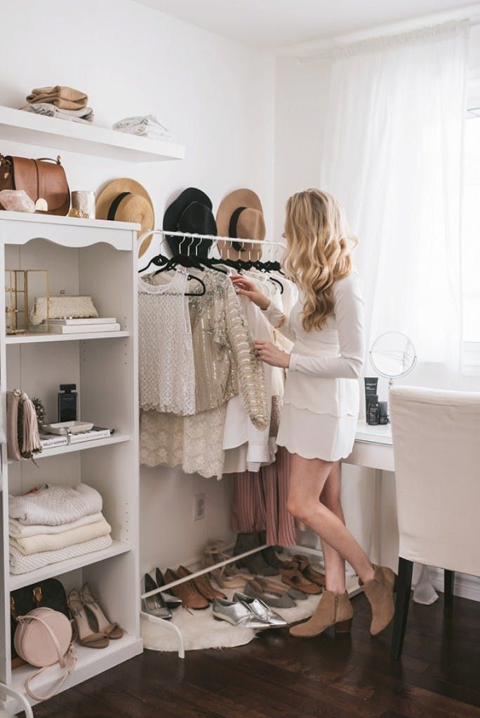 Organizing Closet | Organizing Wardrobe | Organising Tips | Closet Ideas | Wardrobe Ideas | Walk In | Drawers | Clothes | Jewelry | Online Fashion Styling | Personal Style Online | Fashion For Working Moms & Mompreneurs