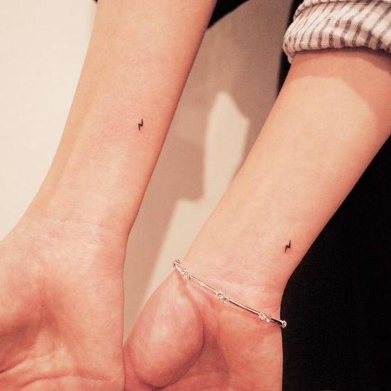 Minimalistische Tattoo-Ideen für Paare   – Tattoo ideen