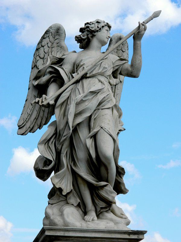 Escultura Anjo de Bernini em Pont  Sant'angelo.