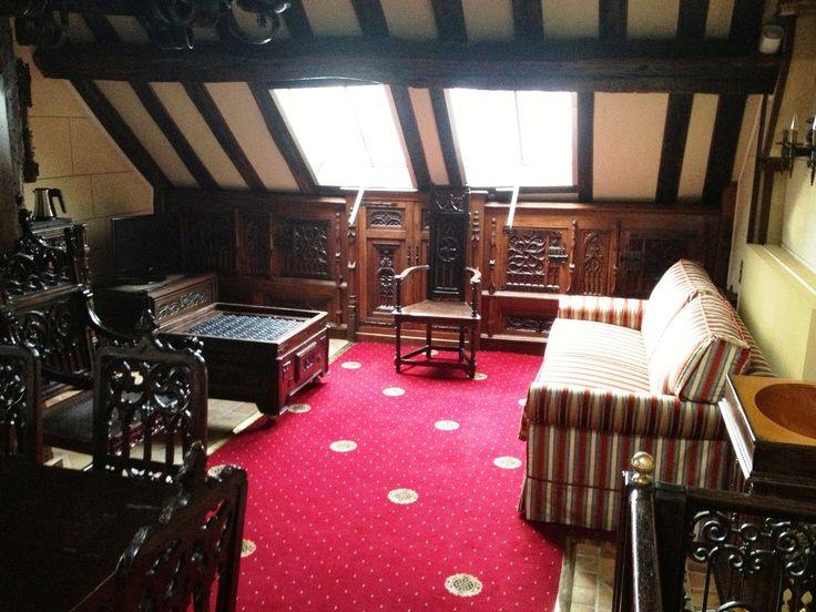 axminster_carpet_stock_collection_baroque_cameo_rouge_rubis_hotel_saint_merry_75004_paris_1_l.jpg (1024×768)