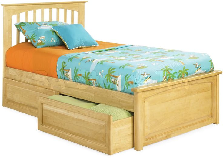 Windsor Platform Bed | Raised Panel Footboard by Atlantic Furniture