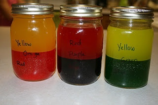Discovery Jars.  Mix two colors together to make one color, then watch them seperate back into two colors   # Pin++ for Pinterest #