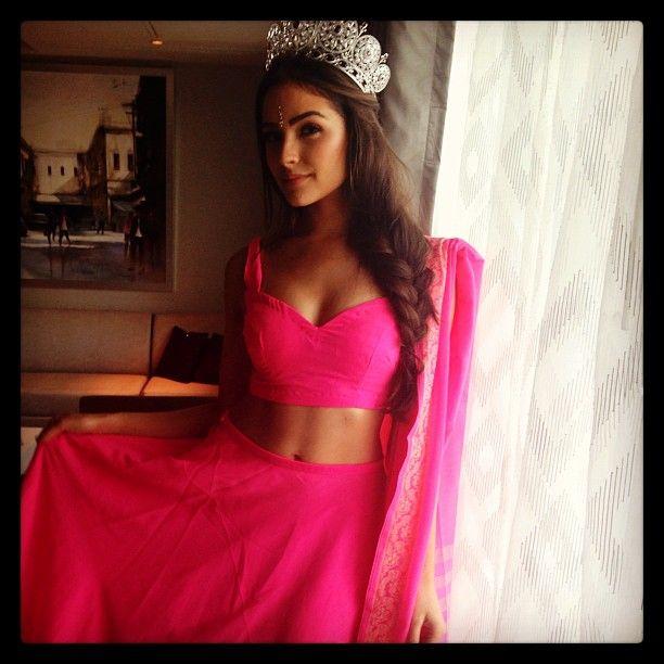 India tour of Miss Universe Olivia Culpo. - http://missuniversusa.com/india-tour-of-miss-universe-olivia-culpo/