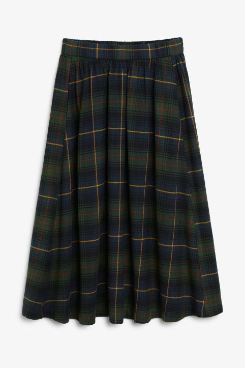 0ddf71413f Plaid midi skirt   wants   Midi skirt, Skirts, Plaid skirts