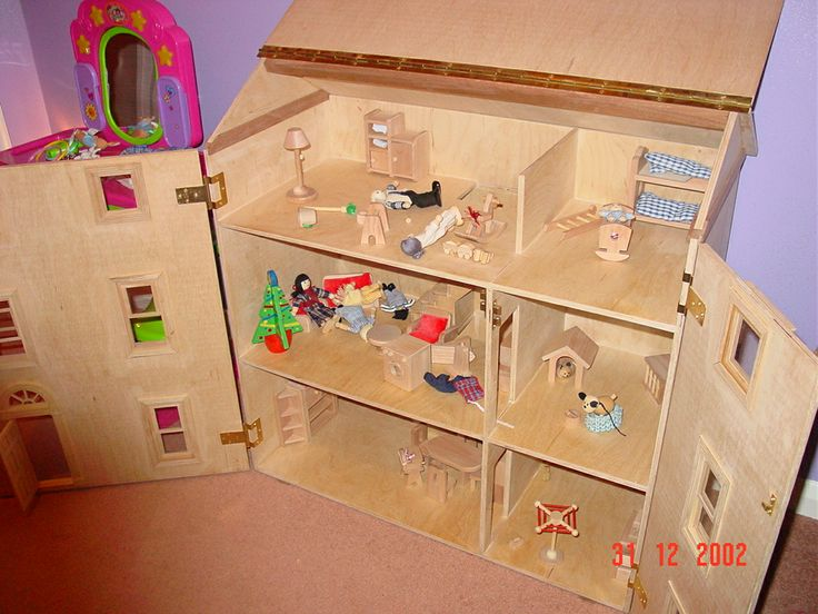 A Dolls House I made for my daughter many years ago