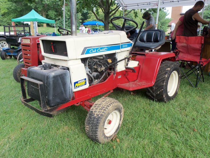 Red Cub Cadet Tractors : Cub cadet red white blue lawn tractors mowers