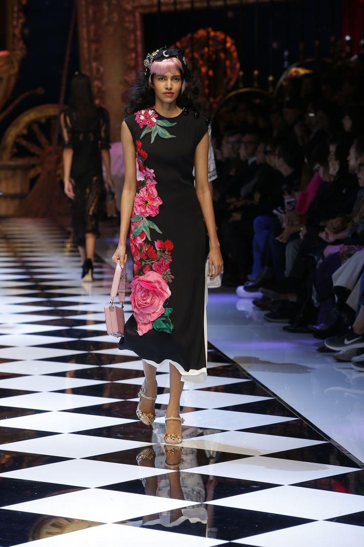 Dolce Amp Gabbana Women S Fall Winter 2016 2017