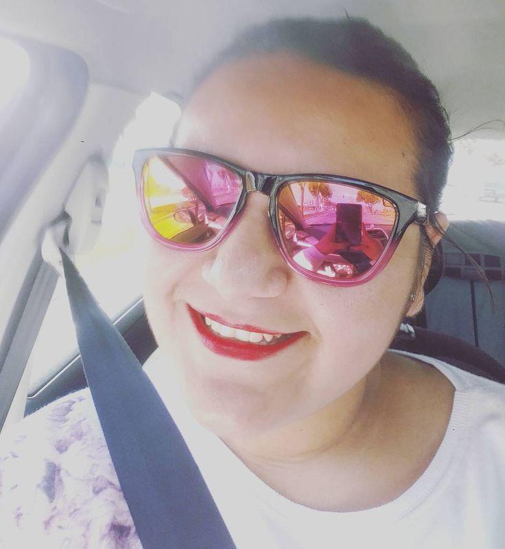 Porque hay que vivir la vida ser felices con nervios con temblores en todo el cuerpo  con risas con lágrimas de felicidad y amargura con picardia atreverse y  muchas cosas más que nos podamos imaginar y crear con todo lo que nos da la vida y nos pone delante. Simplemente disfrutar porque solo vivimos una vez #vive #vivelavida #disfruta #motivate #arriesga #felicidad #aventura #risasymasrisas #viveydejavivir #sonrie #sueña #realidad #brilla  has que haya fuegos artificiales todos los 365 días…