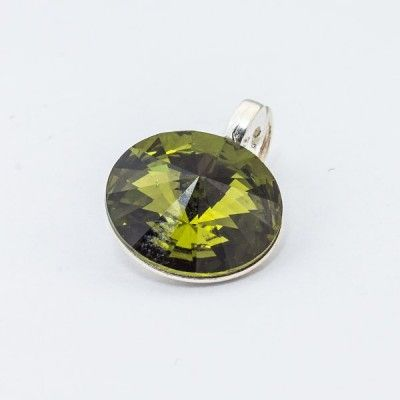 Silver plated Swarovski Rivoli Pendant 12mm Olivine  Dimensions: length: 1,7cm stone size: 12mm Weight ~ 1,40g ( 1 piece ) Metal : silver plated brass Stones: Swarovski Elements 1122 12mm Colour: Olivine 1 package = 1 piece Price 9.40 PLN(about 2.5 EUR)