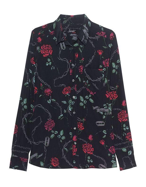 Seiden-Mix-Bluse Exklusiv für die VOGUE Fashion´s Night Out hat Jadicted Special Pieces herausgebracht!  Diese schwarze gerade geschnittene Bluse aus feinem Seiden-Stretch mit femininem Hemdkragen, geknöpften Manschetten und rot-grüner Rosen-Musterung ist eines der besonderen Fashion-Highlights!  Eine schöne Erinnerung an diese unvergessliche Nacht!