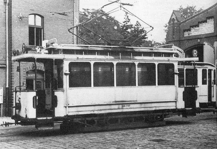 Tramwaj na terenie zajezdni przy ul.Legnickiej. 1943.