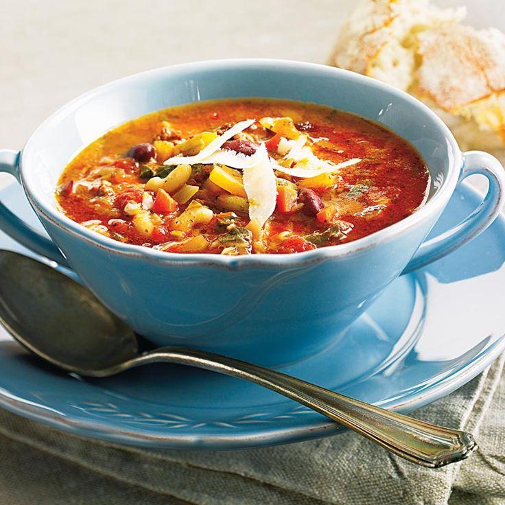 Soupe-repas aux légumes, au boeuf et à la saucisse