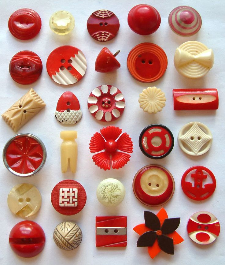 30 Vintage Red/Cream Celluloid Buttons, Floral & Art Deco, 15mm to 28mm