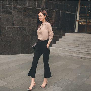 Комплект блузка и штаны  920 руб  Размер: S - L   Строгий костюм, комплекты, блузки  Товары по выгодным ценам из Китая в Севастополе.   Работаем по всему Крыму. Посетите наш сайт sevtao.ru