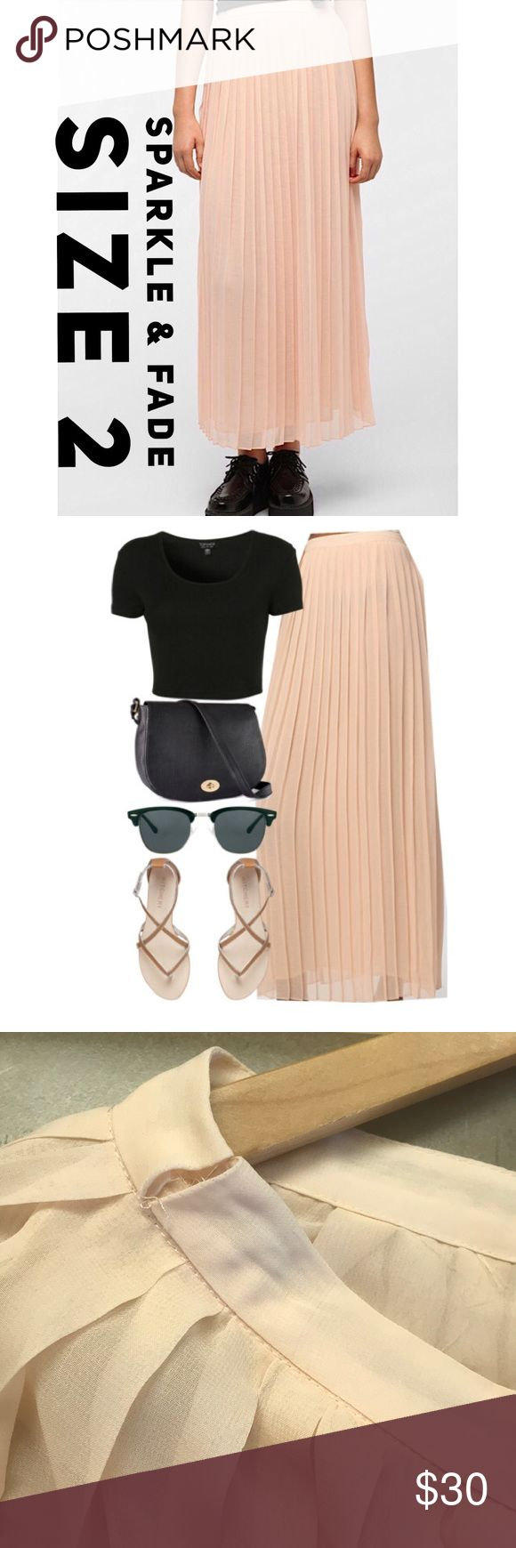 Sparkle & Fade Pleated Chiffon Maxi Skirt 🍕Smoke & pet free home 🍕 Needs small stitching🧐 Has a minor unnoticeable stain  (Pic provided) Urban Outfitters Skirts Maxi