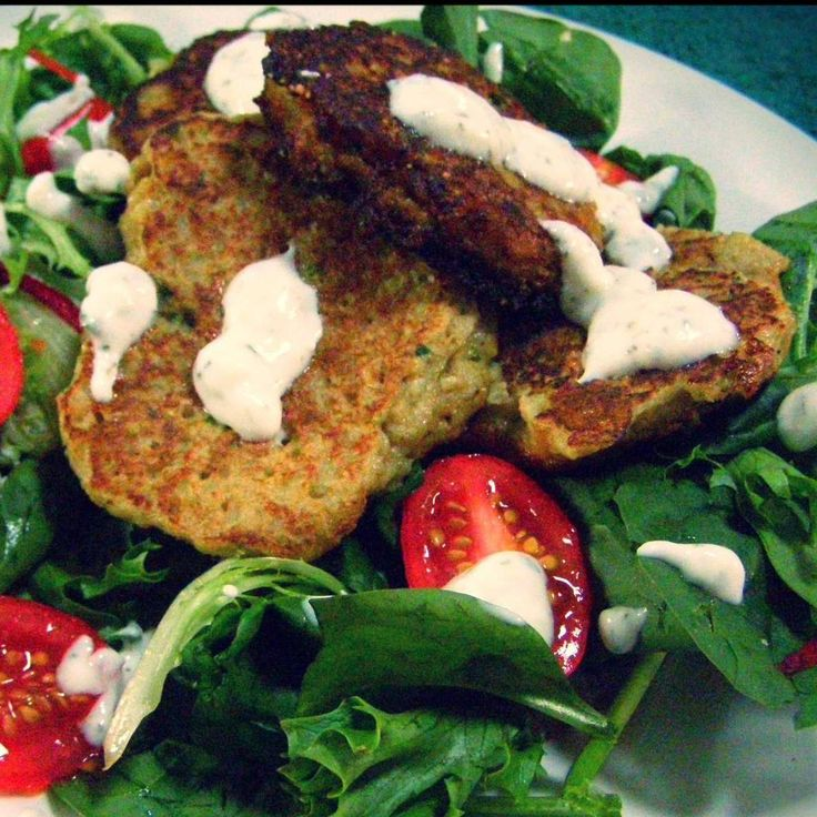 Recipe Cauliflower Fritters with Mint Yoghurt Dip by Thermo Mixin' in the Kitchen - Recipe of category Main dishes - others