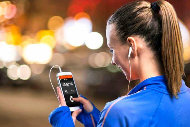 Qual é seu app favorito para atividades físicas? Você sabe qual foi a distância percorrida durante o seu treino? Quantas calorias você gastou? São muitos