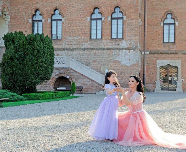 """Andreea Marin despre divorţ: """"Violeta este foarte matură, ştie că are două case şi că părinţii o iubesc"""""""